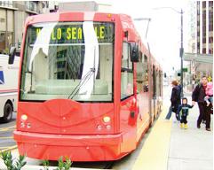 ②第一山街車及華大輕軌線正式營運