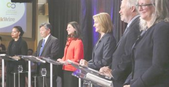 市長競選首次辯論 候選人不滿高消費稅