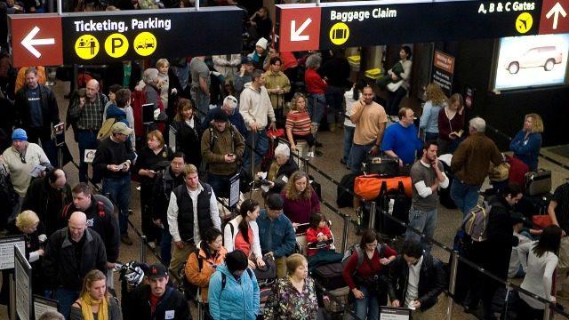 感恩節長週末交通進入高峰期 西塔機場準備外出旅遊溫馨提示