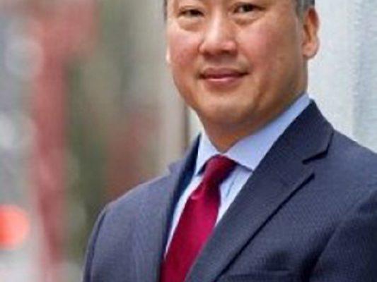 從貧窮走向繁榮 西雅圖經濟發展局局長Bobby Lee