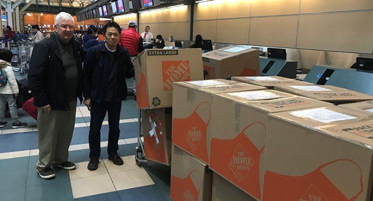 華州熊貓基金會捐贈逾八千N95  川航代運經溫哥華安全送抵成都